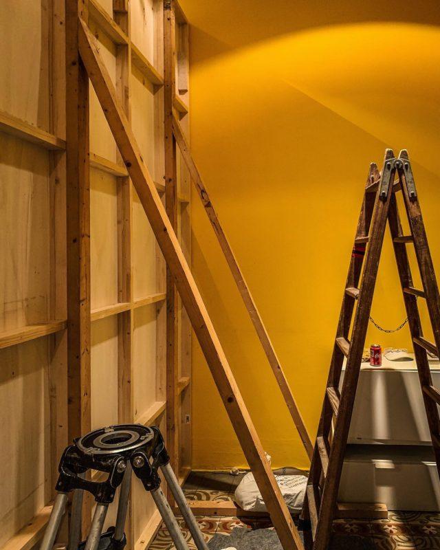 Behind The Scenes 🟡🎥 _  #newset #underconstruction #studio #photography #photostudio #location #bcnlocations #shooting #film #advertising #deco #set #production #garagefilmsproduction